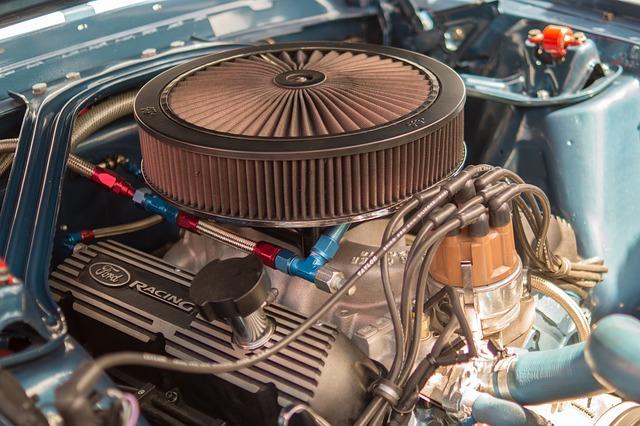 motor auta zblízka